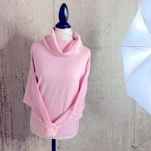 Neiman Marcus cashmere batwing sweater EUC